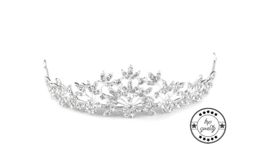 tiara380